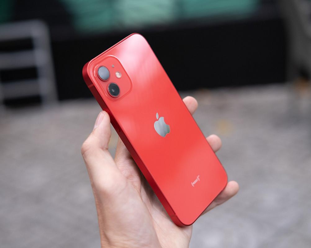 """Bi """"bay mau"""" sau khi su dung, iPhone 12 chua chac duoc bao hanh-Hinh-10"""