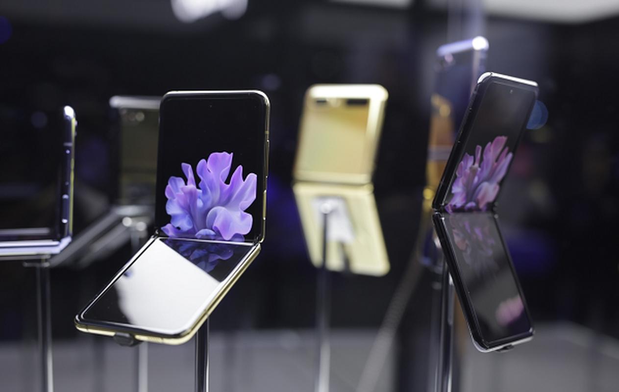 Smartphone 3 man hinh gap cua Samsung chuan bi xuat hien-Hinh-9