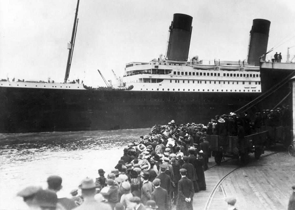 Hinh anh thuc te giai ma cau hoi: Titanic co trang le nhu loi don?-Hinh-2
