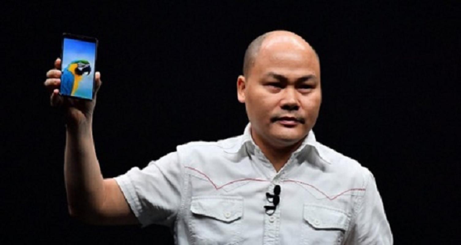 CEO Nguyen Tu Quang: 5G khong danh cho dien thoai, BKAV van san xuat-Hinh-4