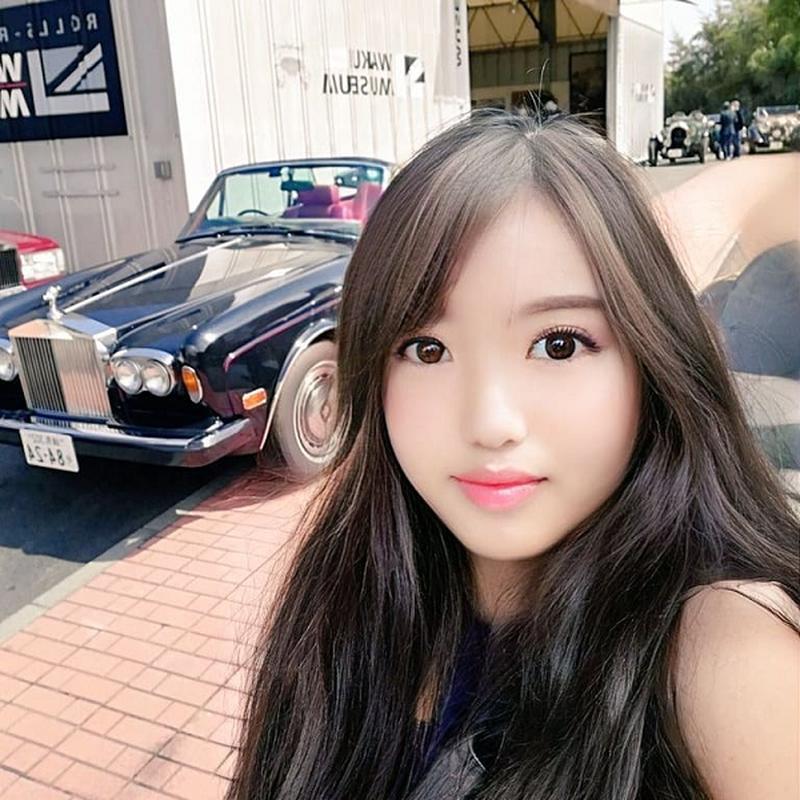 Soc nang khi biet hotgirl xinh dep tren mang la ong chu 53 tuoi-Hinh-7