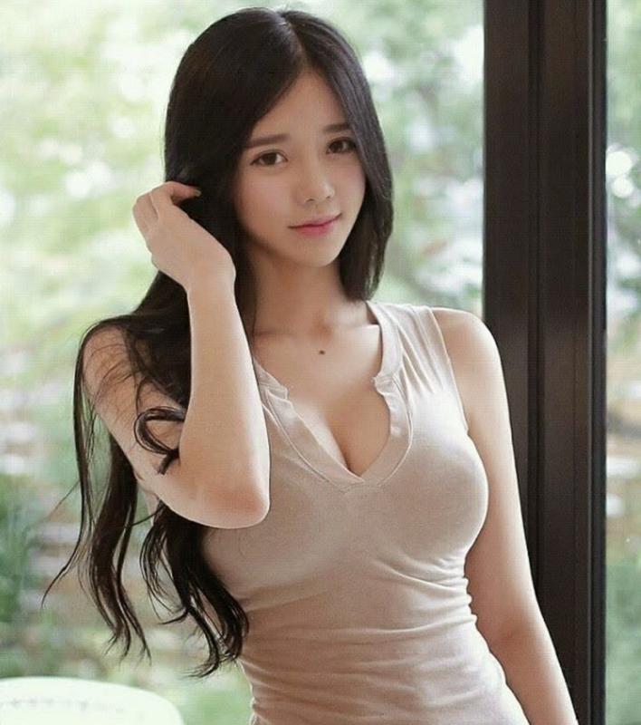 Nu game thu Han Quoc gay thuong nho bang vong mot nong bong-Hinh-2