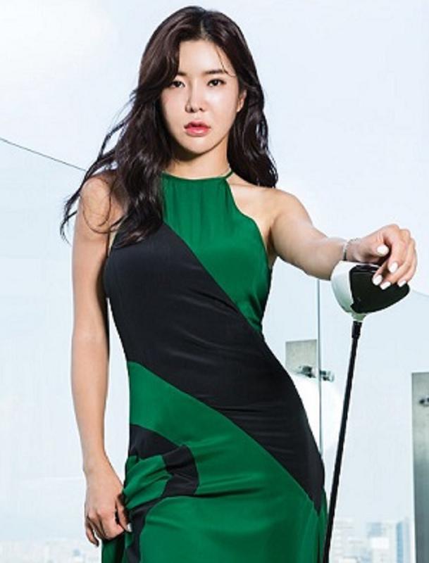"""Thanh nu golf"" khien cu dan mang Nhat Ban san lung rao riet-Hinh-6"