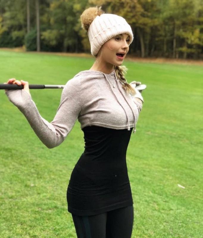 """Than hinh """"dong ho cat"""", kiem tien nhu may cua bup be lang golf-Hinh-6"""