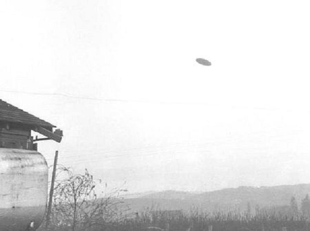 UFO tung duoc Hai quan My phat hien bat ngo tro lai Anh-Hinh-11