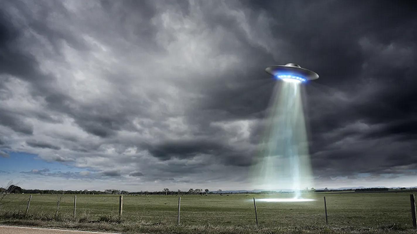 UFO co that, nha khoa hoc tiet lo van toc kinh hoang-Hinh-11