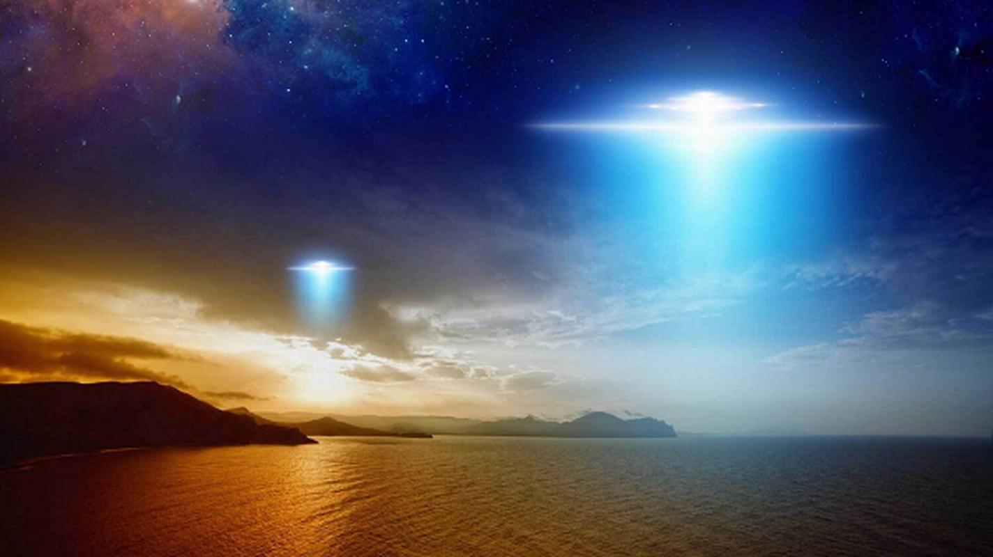 Chung kien UFO hon chien, nhieu nguoi bong dung... do benh la?-Hinh-5