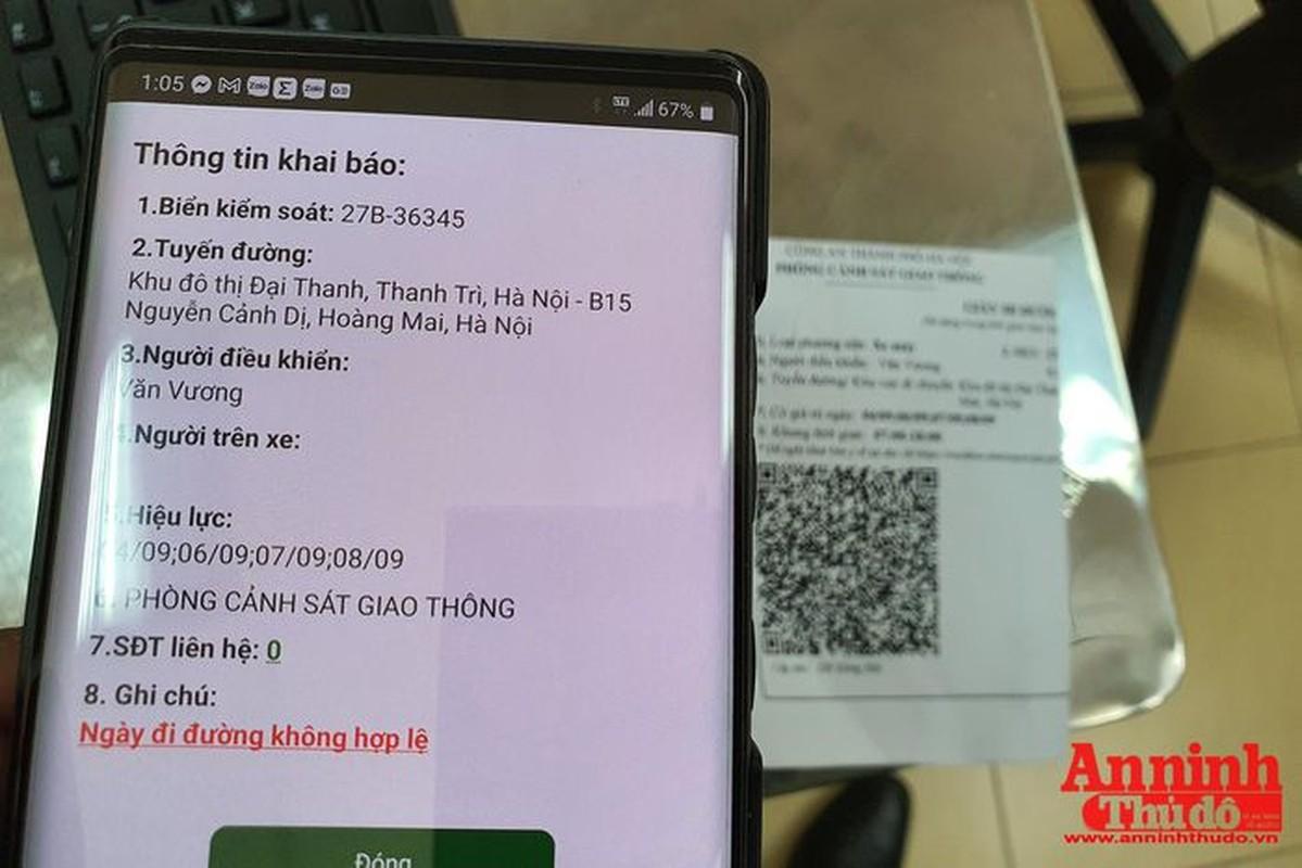 Can canh giay di duong QR code dau tien duoc cap o Phong CSGT - CATP Ha Noi-Hinh-19