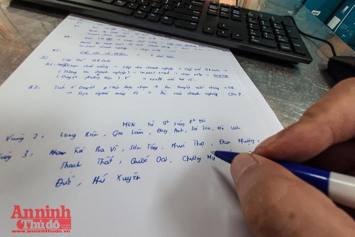 Can canh giay di duong QR code dau tien duoc cap o Phong CSGT - CATP Ha Noi-Hinh-8