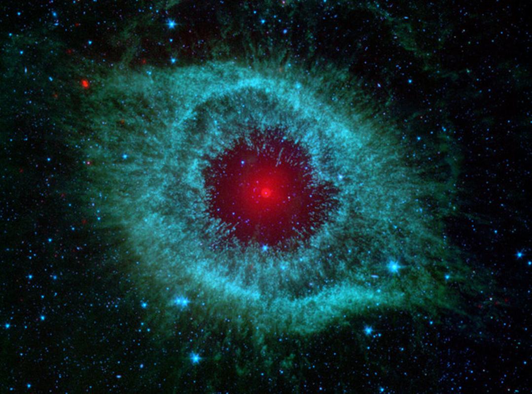 """Cuc nong: Bat gon """"con mat quy"""" tu vu tru nho kinh Hubble-Hinh-9"""