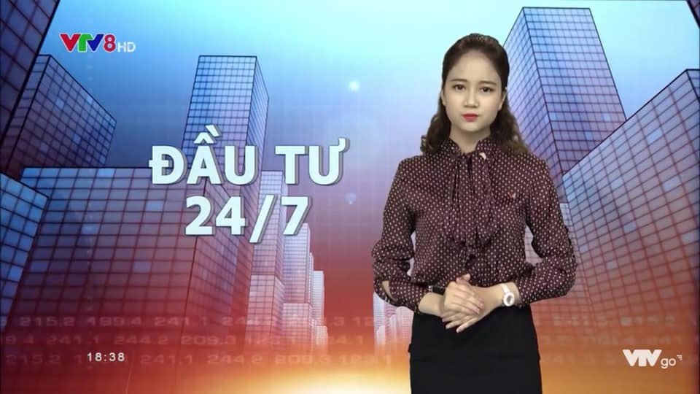 Hinh anh doi thuong cua BTV tre nhat VTV-Hinh-4