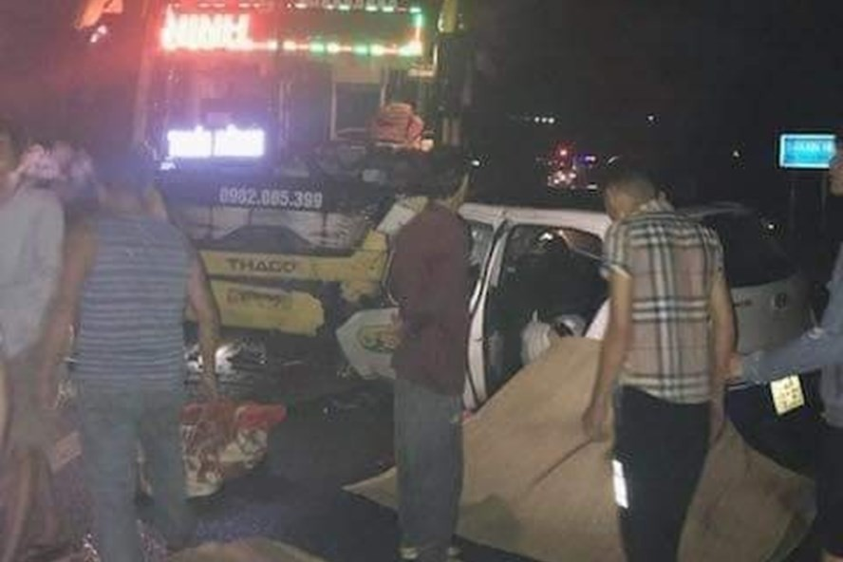 Kinh hoang nhung vu xe khach tai nan trong nam 2019-Hinh-19