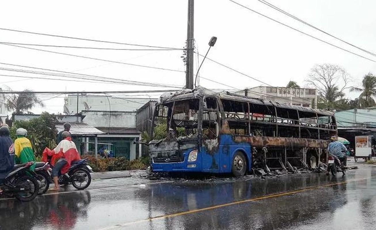Kinh hoang nhung vu xe khach tai nan trong nam 2019-Hinh-23