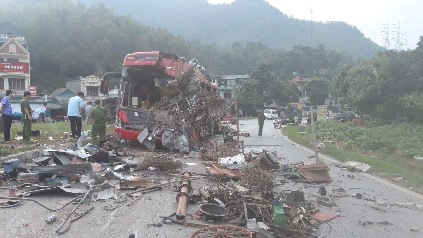 Kinh hoang nhung vu xe khach tai nan trong nam 2019-Hinh-25
