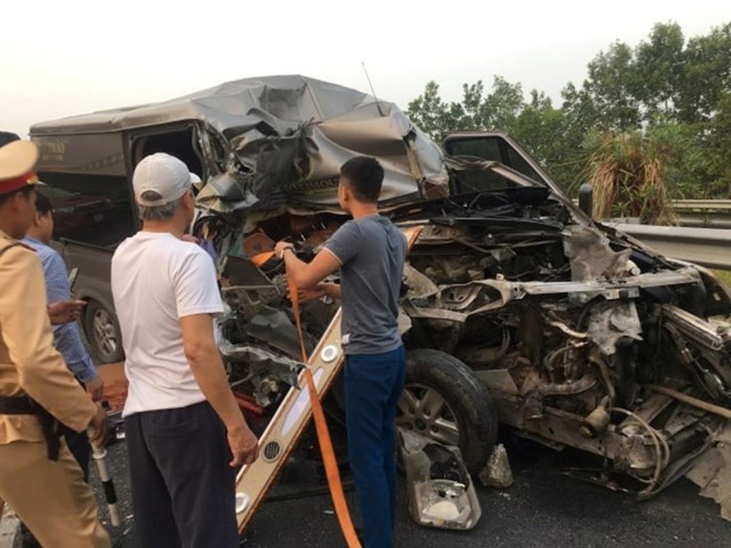 Kinh hoang nhung vu xe khach tai nan trong nam 2019-Hinh-9