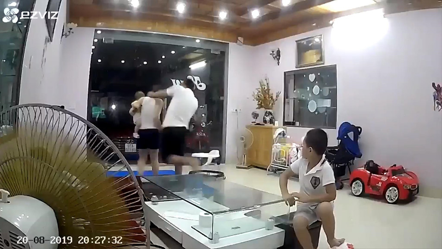 Diem mat nhung ga chong vu phu danh vo da man trong nam 2019-Hinh-31
