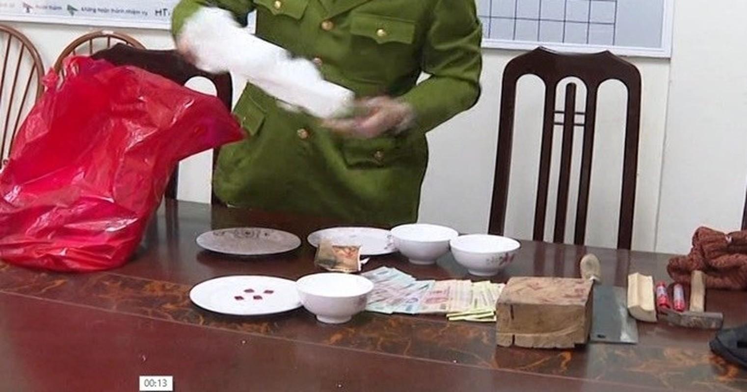 "Pha soi bac ""khung"" trong quan karaoke: Du chieu tro cua ke ""khat nuoc""-Hinh-9"