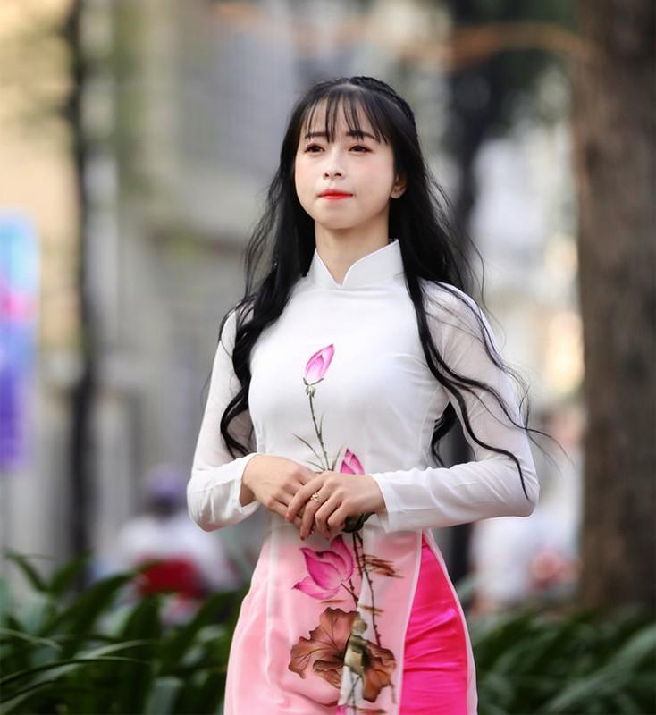 'Hotgirl lang vo' Chau Tuyet Van chia se ve nhung cai tet vang nha-Hinh-7
