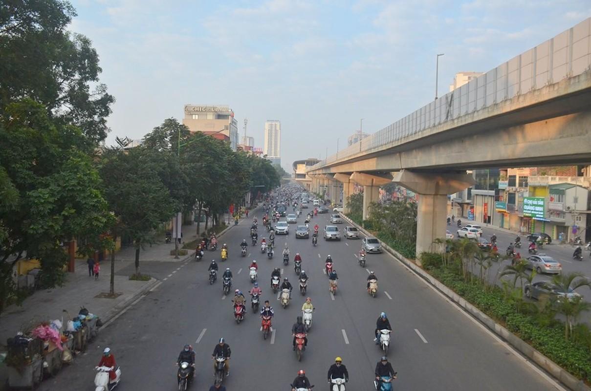 Can canh duong pho Ha Noi dong duc sau ky nghi Tet Nguyen dan 2020-Hinh-5