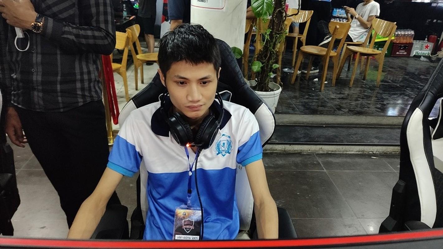 """Duong day danh bac qua game De Che: """"Canh tay"""" nao giup """"Bau Huan"""" kiem tien ty bang ca do?-Hinh-10"""
