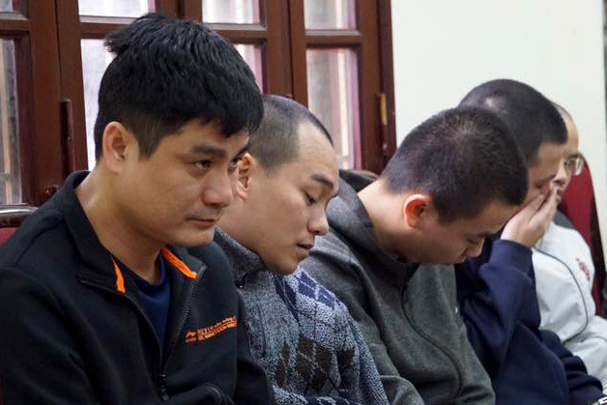 """Duong day danh bac qua game De Che: """"Canh tay"""" nao giup """"Bau Huan"""" kiem tien ty bang ca do?-Hinh-5"""