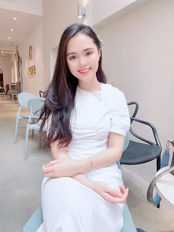 Hoi vo cau thu, hot girl khong song chung voi me chong sau khi ket hon-Hinh-4