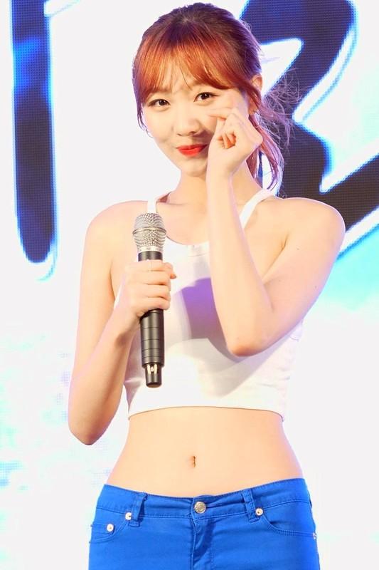 Nu idol the he moi so huu than hinh S-line-Hinh-12