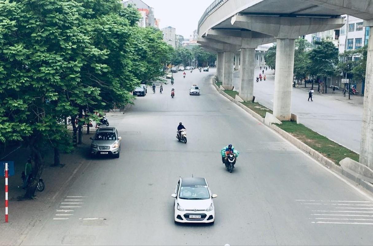 Hinh anh Ha Noi on ao, nao nhiet thuong thay bien mat vi COVID-19-Hinh-2