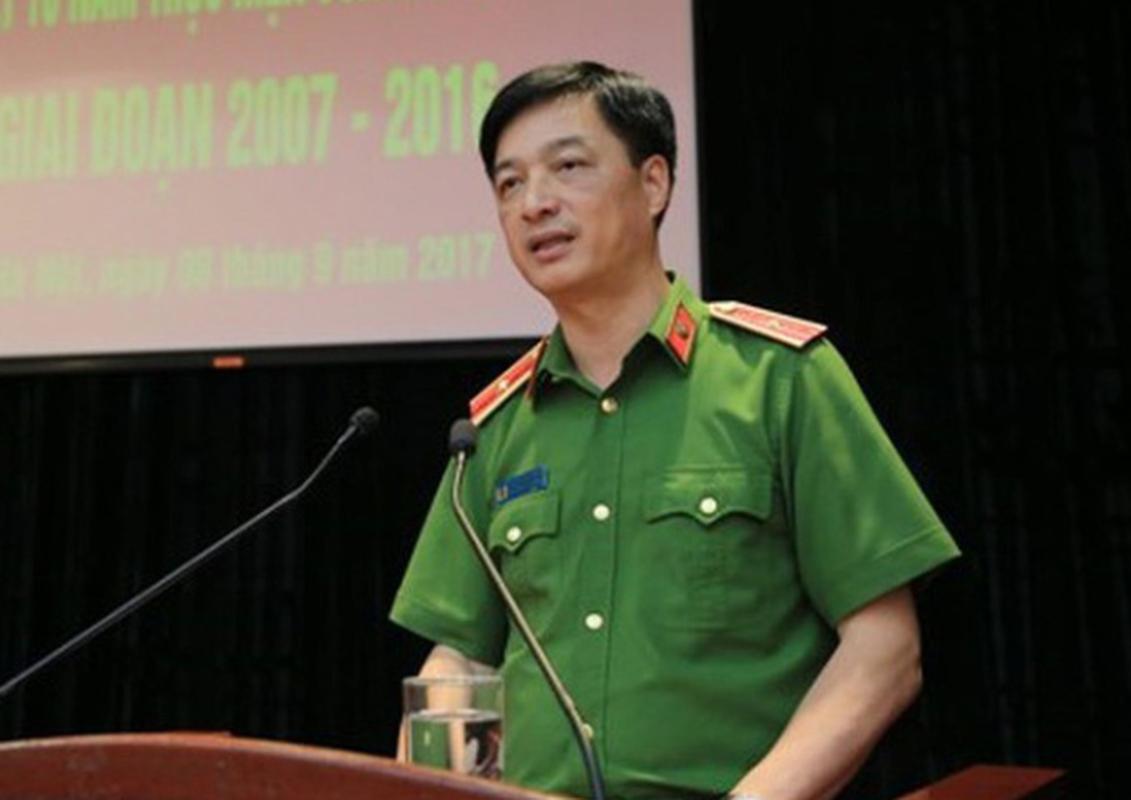 Chan dung 9 thu truong Bo Cong an-Hinh-9
