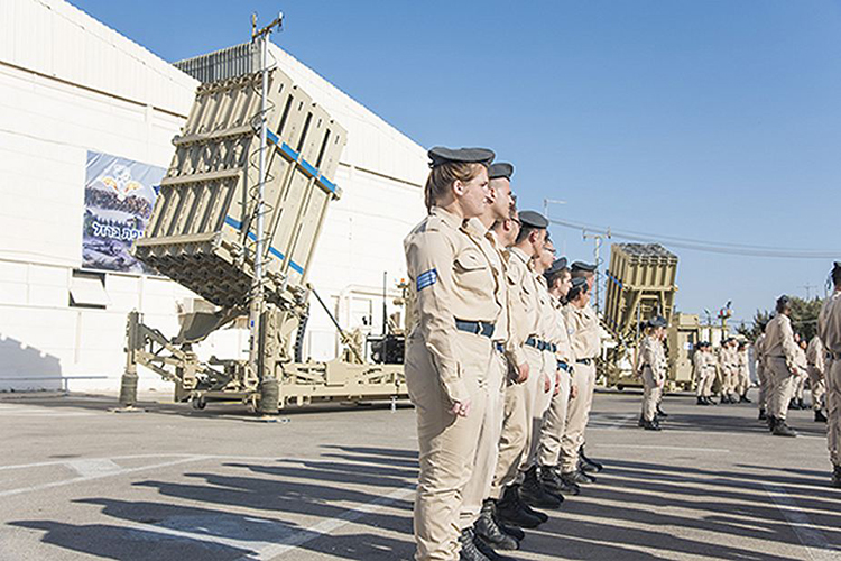 Trien khai them Iron Dome, Isreal quyet khoa chat khong phan Syria?