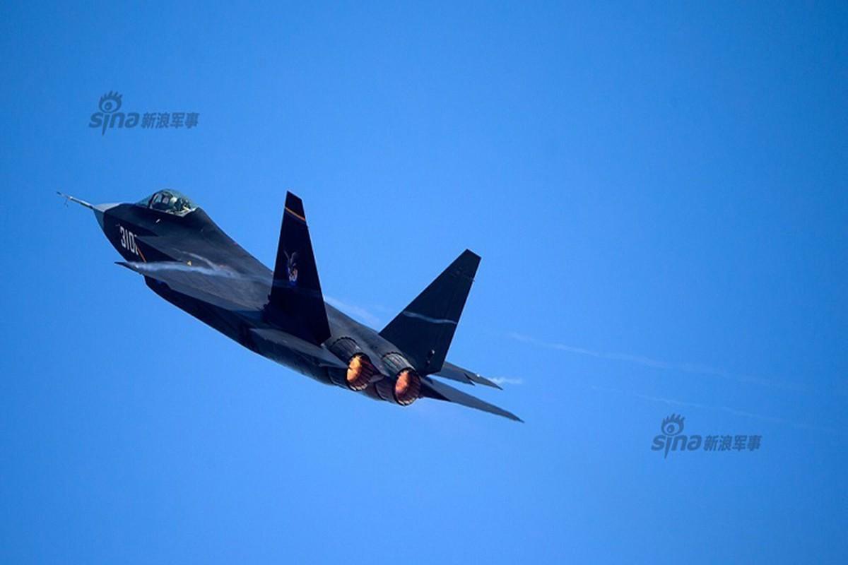 Cuoc dua J-31 va F-35: Ke tam lang, nguoi nua can