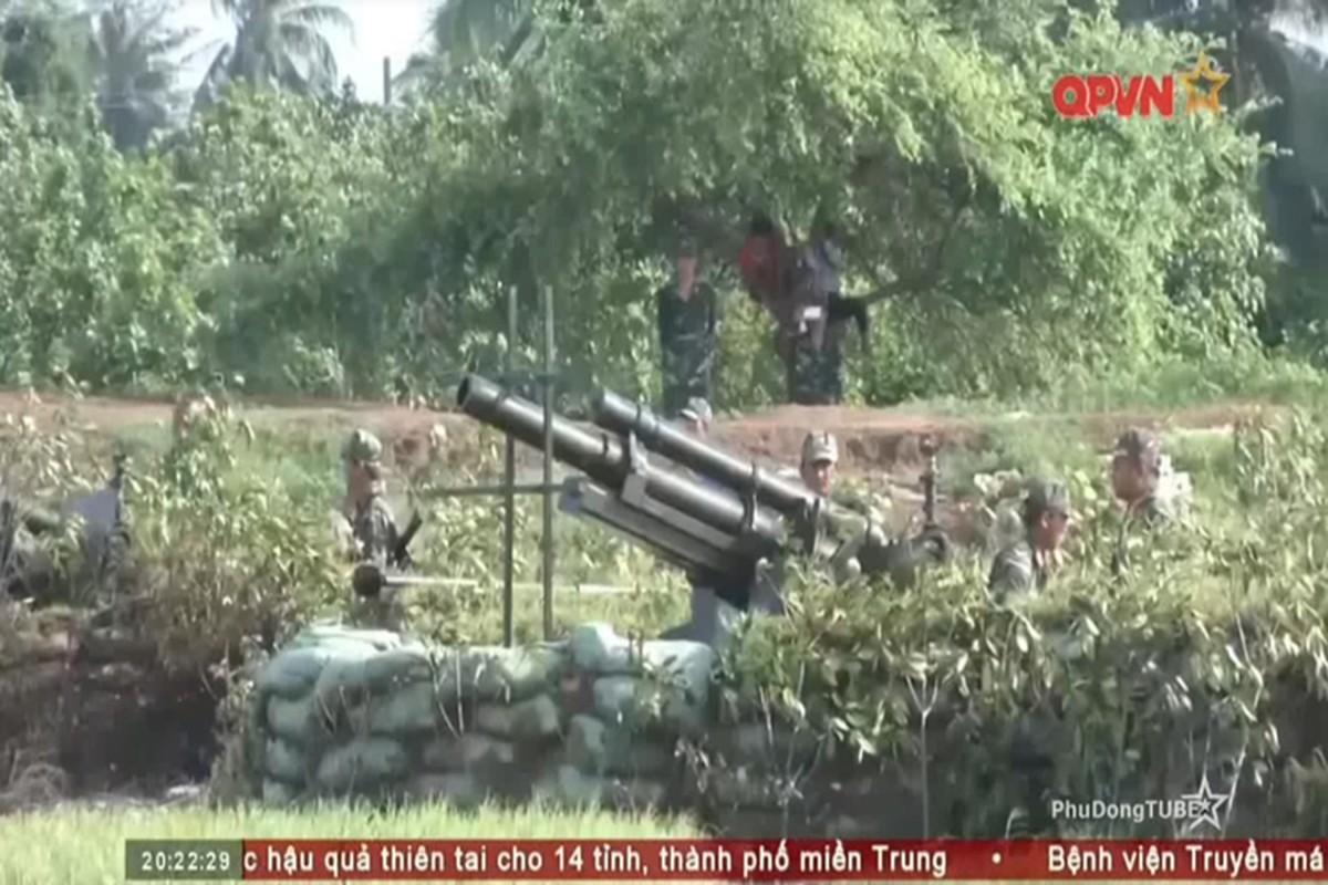 Kinh ngac dan phao coi tu hanh moi cua phao binh Viet Nam