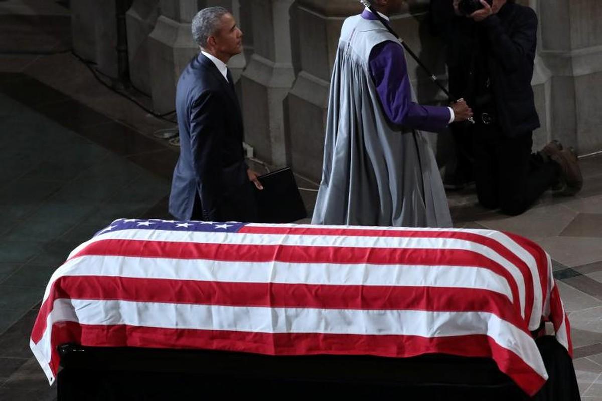 Can canh cac chinh tri gia My trong le tang TNS John McCain-Hinh-8