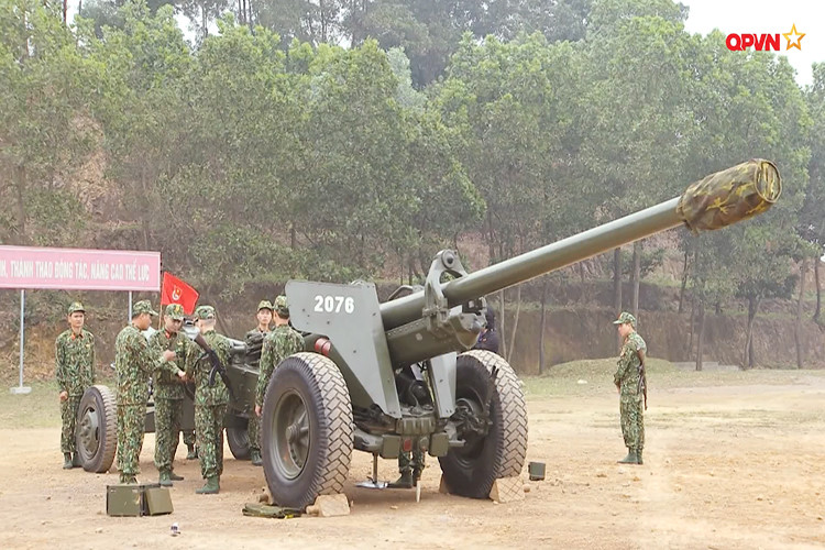 Dang gom suc manh phao phong thu bo bien cua Hai quan Viet Nam-Hinh-7