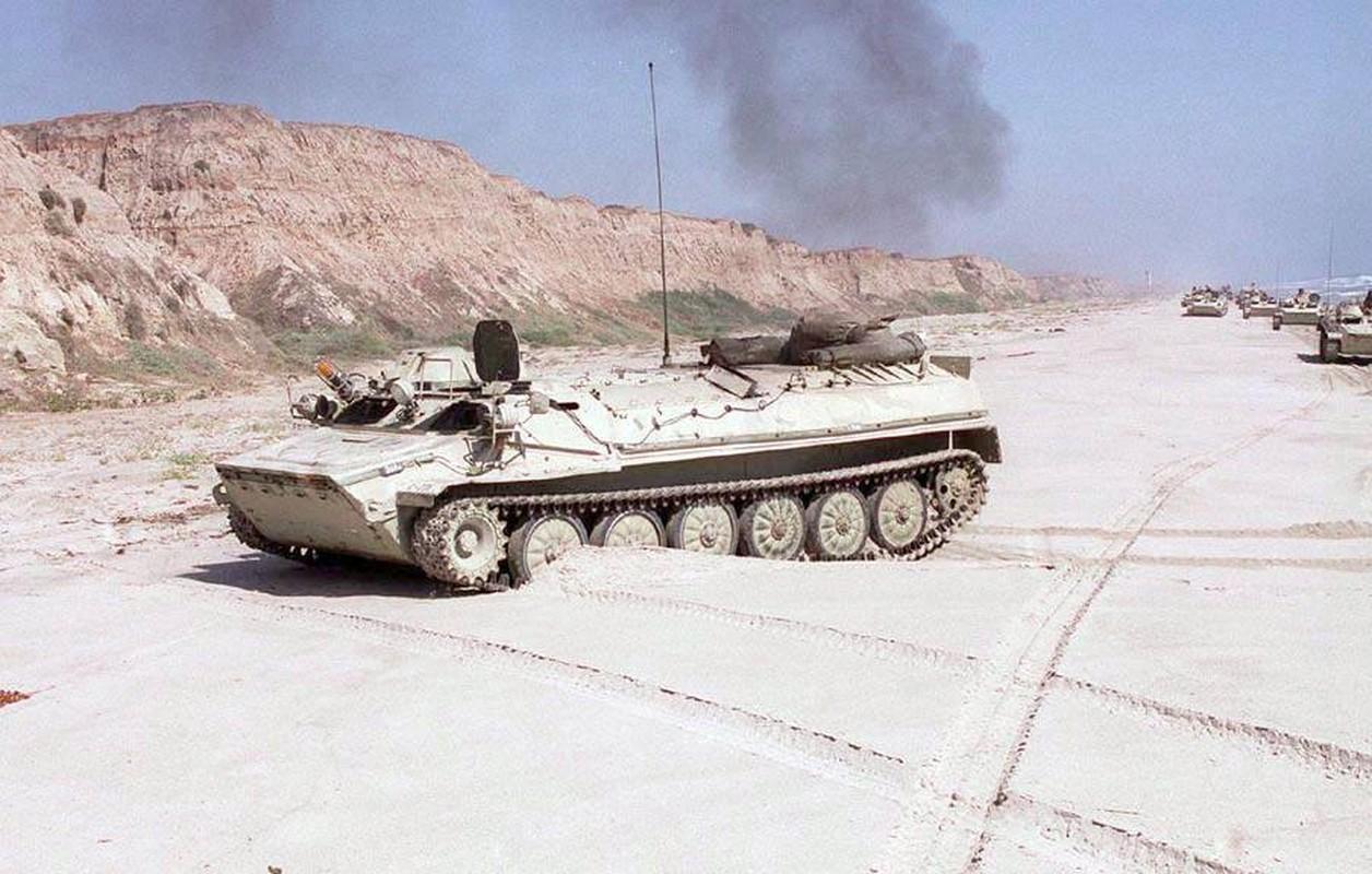 La lam hinh anh linh My cuoi xe tang T-72 tap tran-Hinh-12