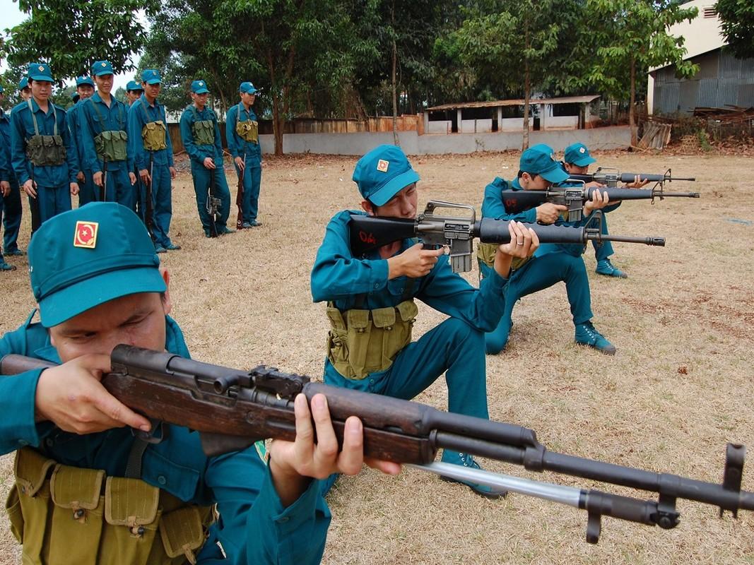 """Tuong tan khau sung truong """"la"""" cua DQTV Viet Nam"""