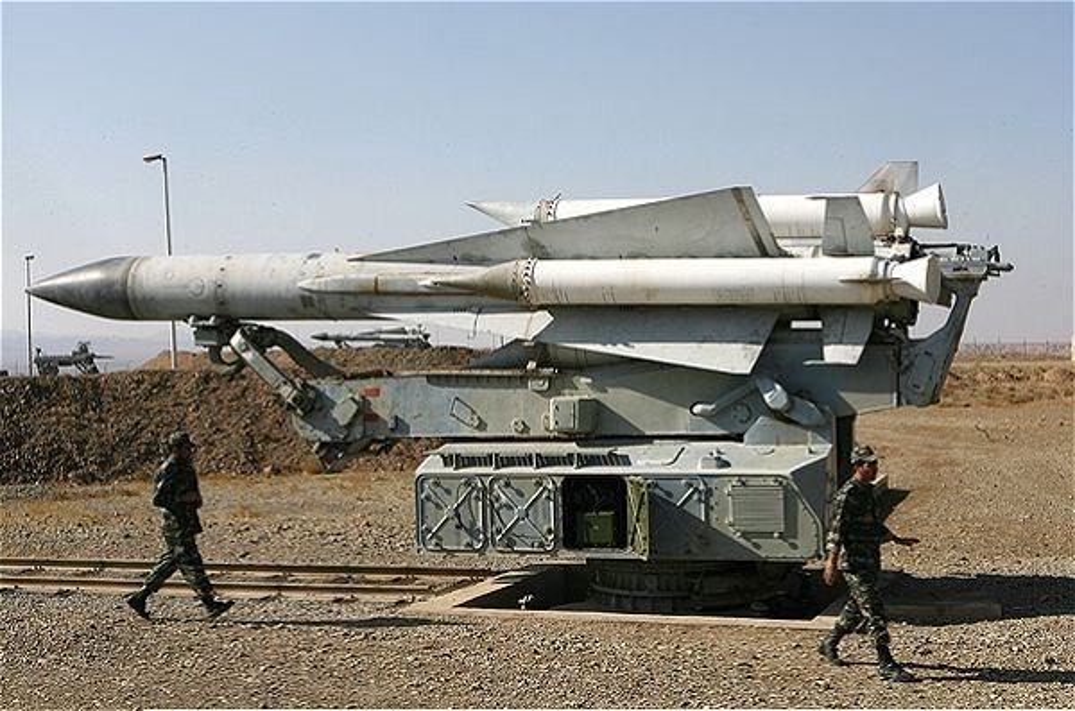 S-200 Syria dam vao nha dan sau khi duoc phong di-Hinh-8