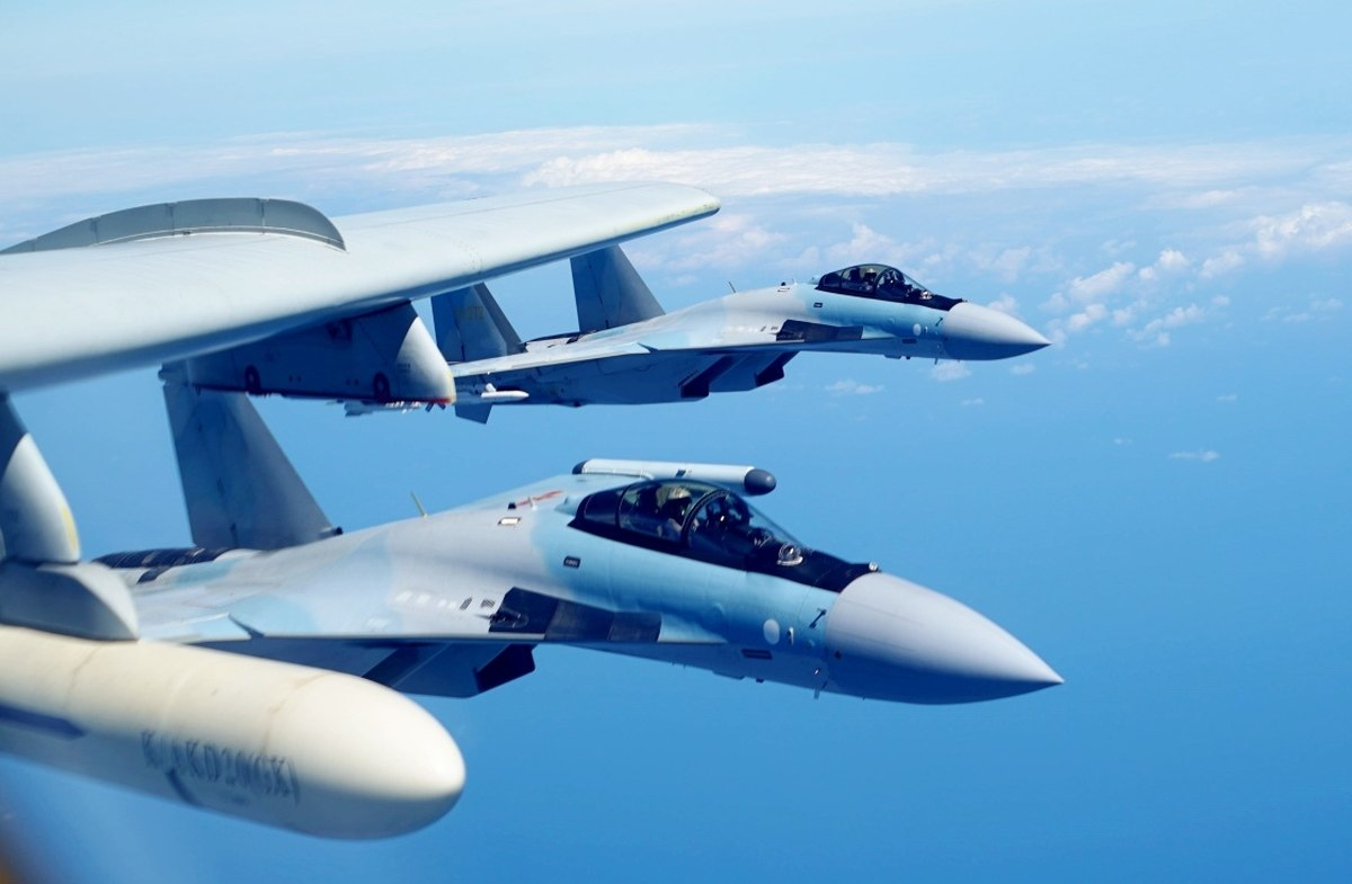 """Khong tuong ly do tiem kich Su-35 """"them khat"""" doi thu de tieu diet-Hinh-3"""