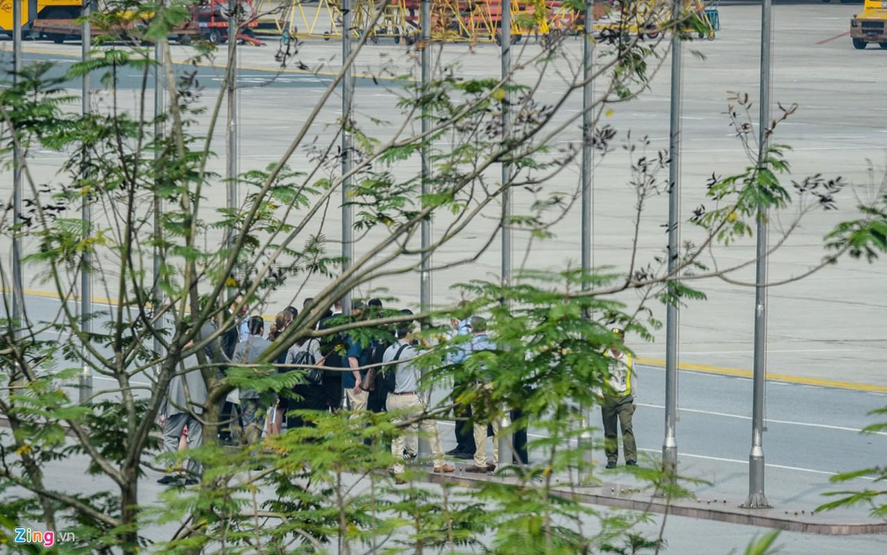 Mat vu My tien tram san bay Noi Bai, chuan bi don Tong thong Trump-Hinh-11