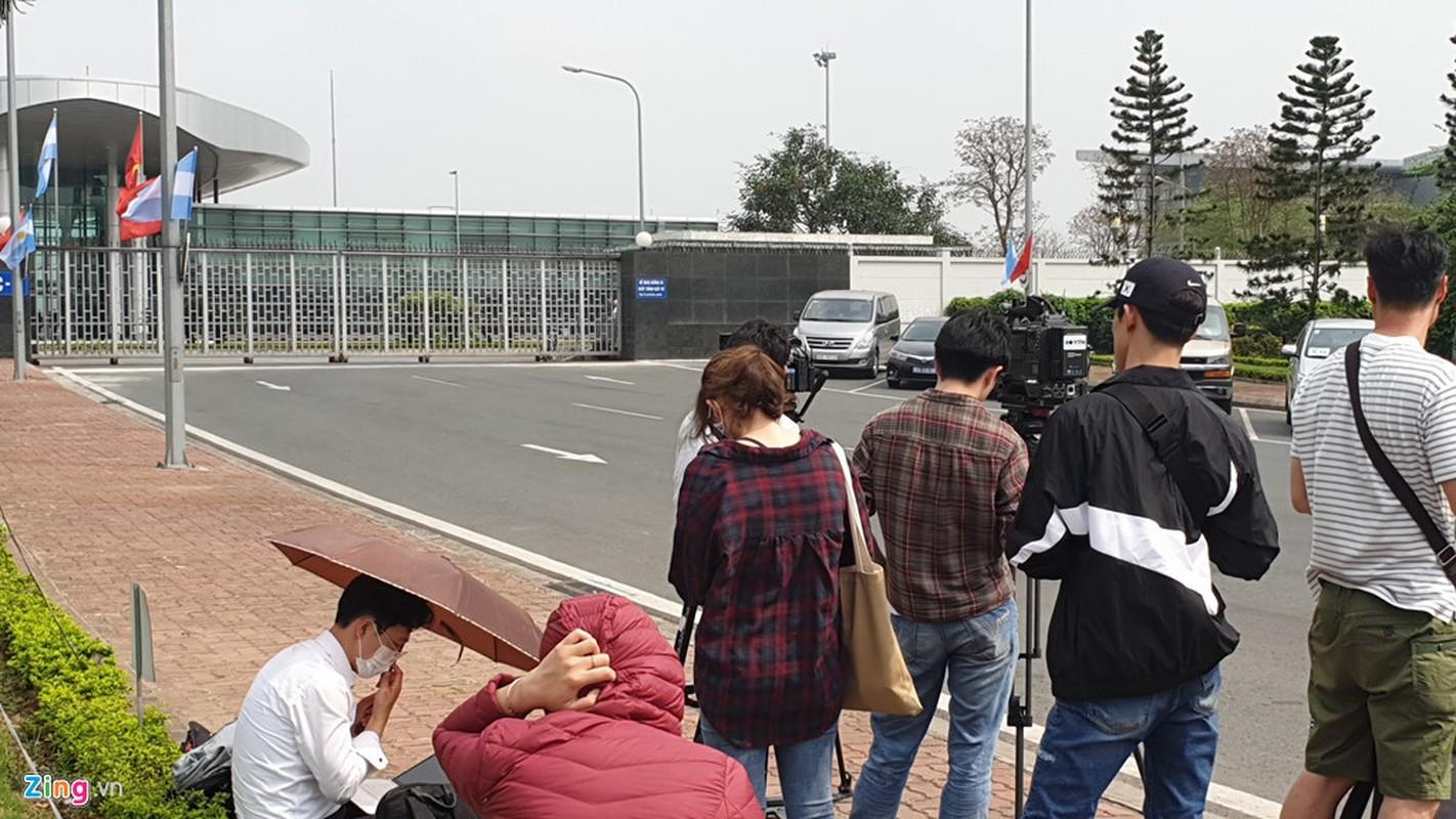 Mat vu My tien tram san bay Noi Bai, chuan bi don Tong thong Trump-Hinh-17