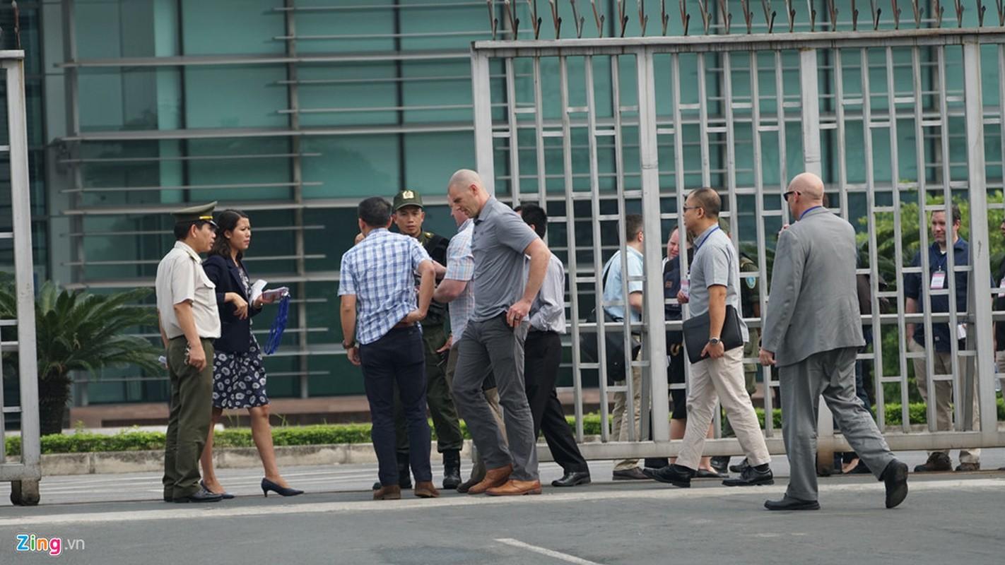 Mat vu My tien tram san bay Noi Bai, chuan bi don Tong thong Trump-Hinh-3