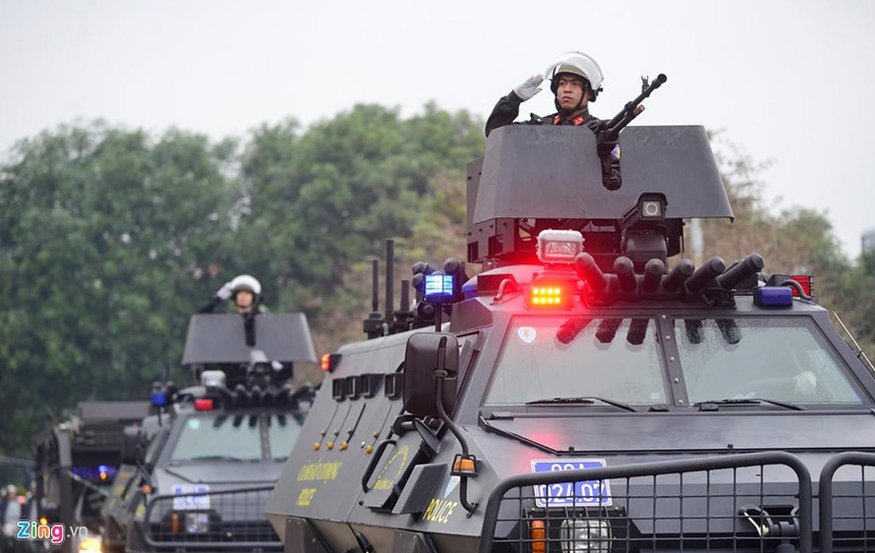 Dang gom xe boc thep S5 bao ve thuong dinh My - Trieu-Hinh-7