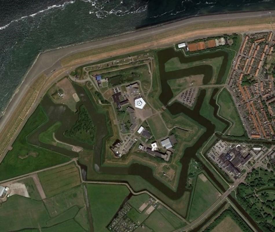 Bat ngo voi nhung buc anh thu vi tim duoc tren Google Earth-Hinh-14