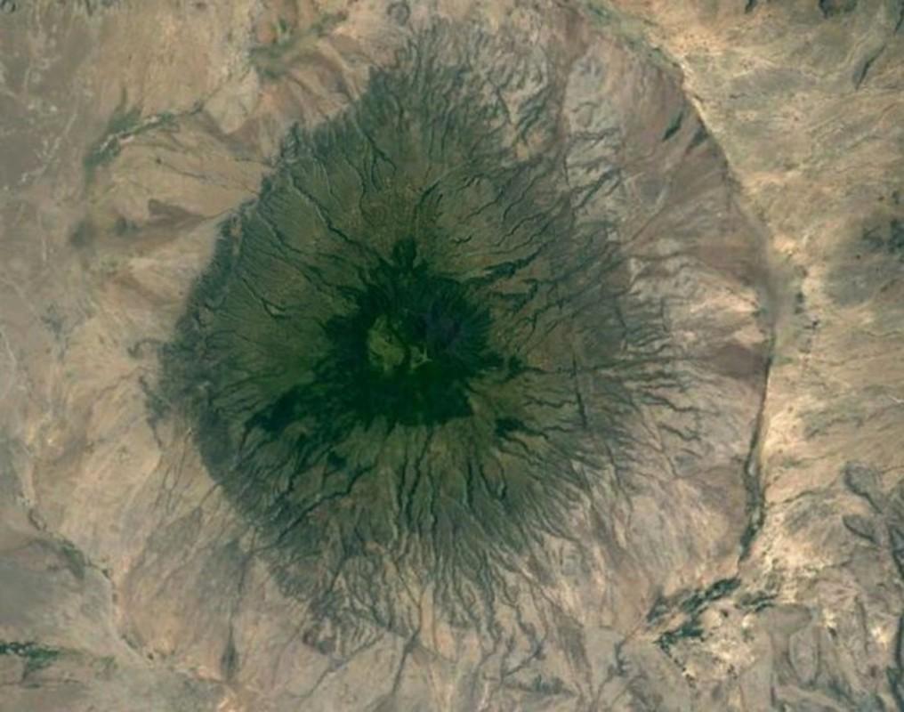 Bat ngo voi nhung buc anh thu vi tim duoc tren Google Earth-Hinh-8