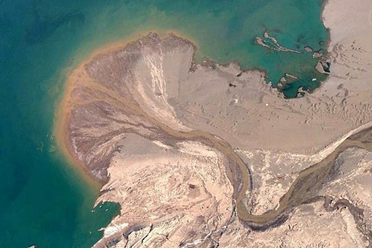 Bat ngo voi nhung buc anh thu vi tim duoc tren Google Earth (2)-Hinh-12