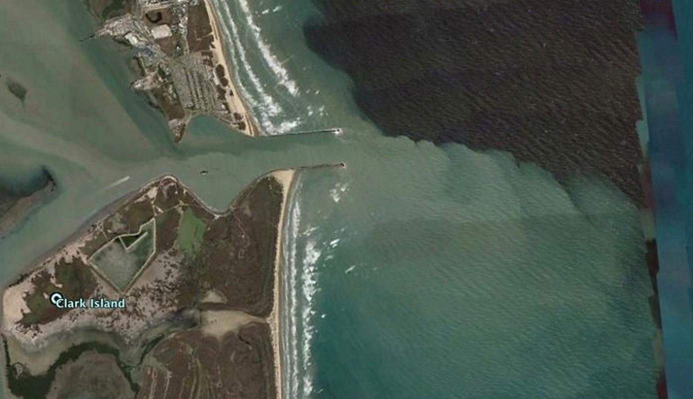 Bat ngo voi nhung buc anh thu vi tim duoc tren Google Earth (2)-Hinh-13