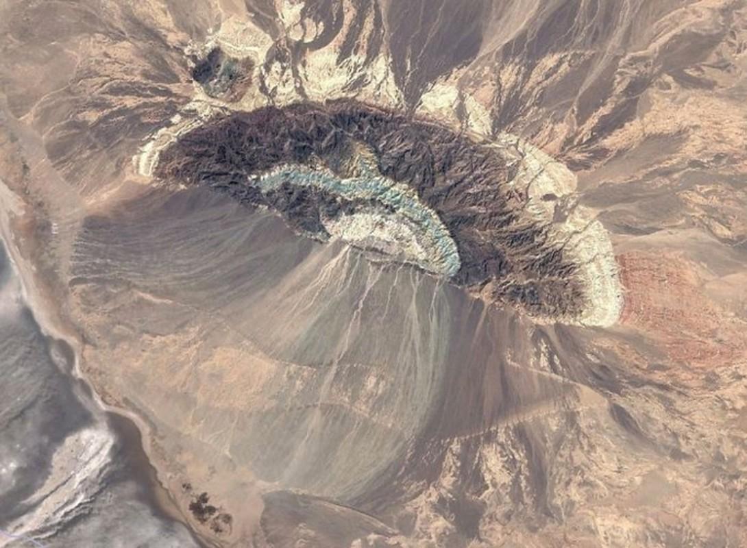 Bat ngo voi nhung buc anh thu vi tim duoc tren Google Earth (2)-Hinh-5