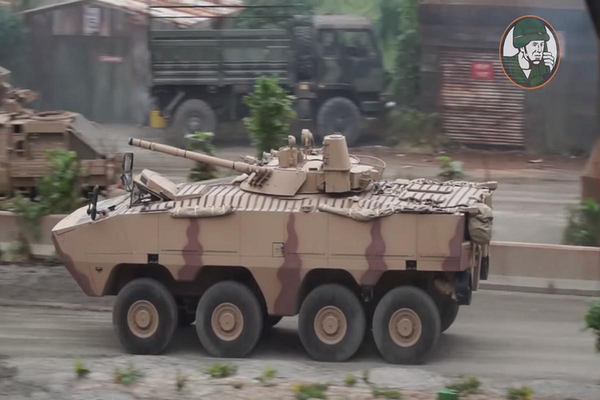 Nga qua uu ai UAE, BMP-3 xuat hien bien the banh lop-Hinh-3