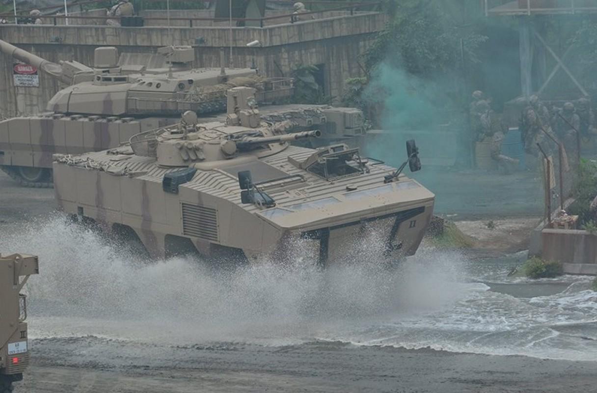 Nga qua uu ai UAE, BMP-3 xuat hien bien the banh lop-Hinh-4