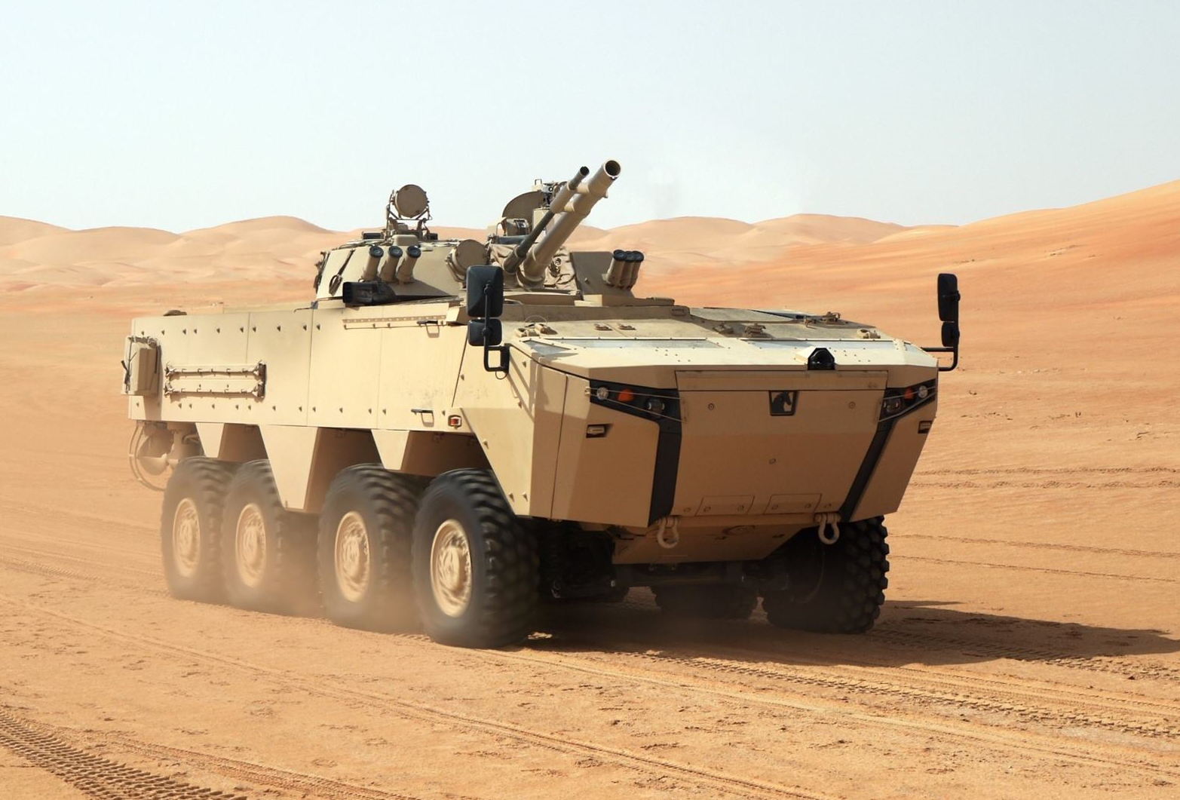 Nga qua uu ai UAE, BMP-3 xuat hien bien the banh lop-Hinh-7